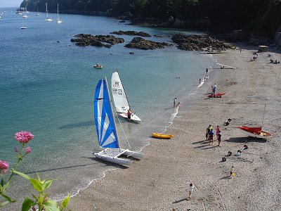 Boats on Cawsand beach